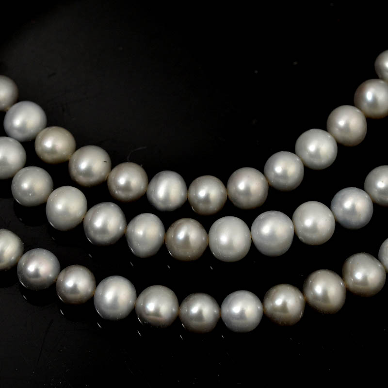 Freshwater Pearls - 6.5 mm Near Round Pearl - Pale Grey (strand)
