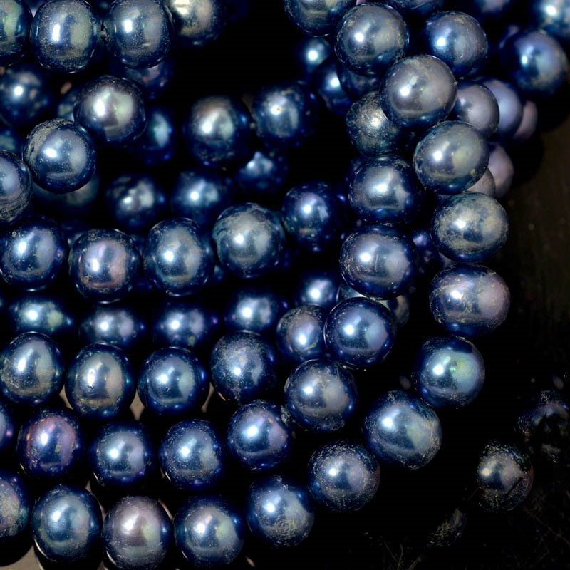 Freshwater Pearls - 8 mm Near Round Pearl - Blued Steel (strand)