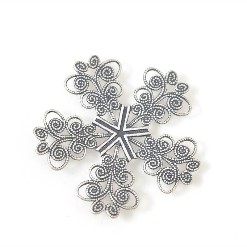 Filigree - 33 mm Lacey Snowflake - Antiqued Silver