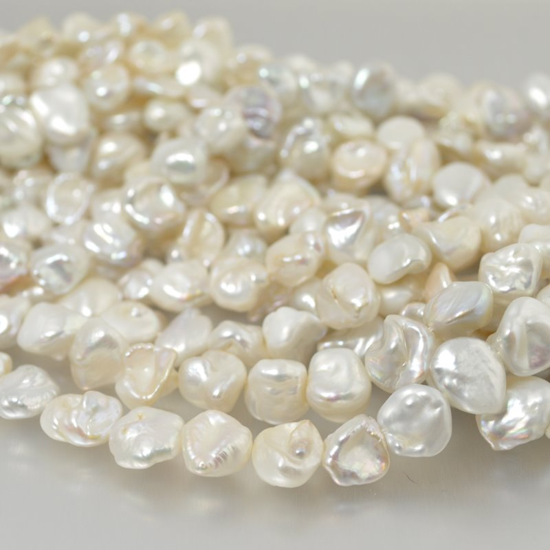 Freshwater Pearls - 7 mm Baroque Pearl Nuggets - Moonlight White (strand)