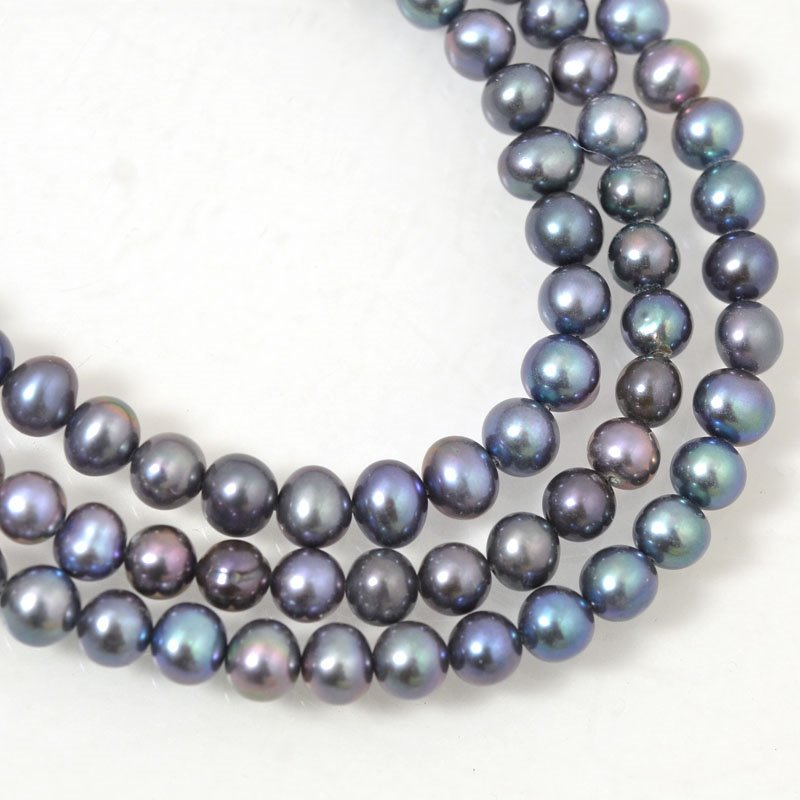 Freshwater Pearls - 5.5 mm Round - Peacock (strand)