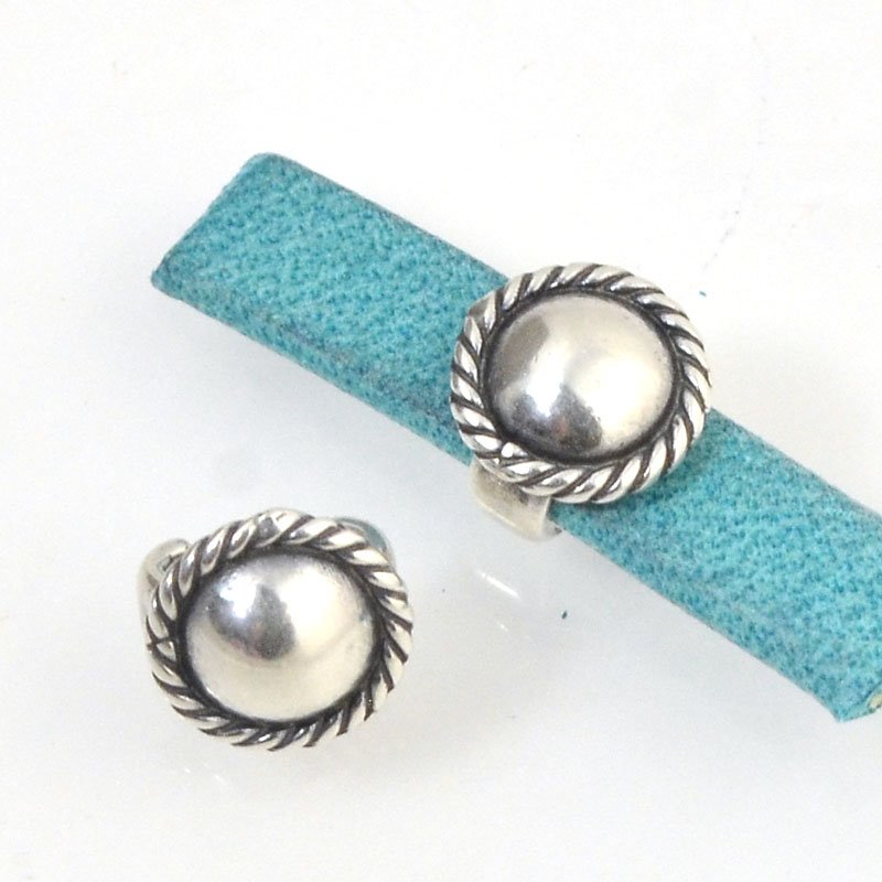 Beads - 5 mm Flat Leather - Round Button Stud - Antiqued Silver (5)