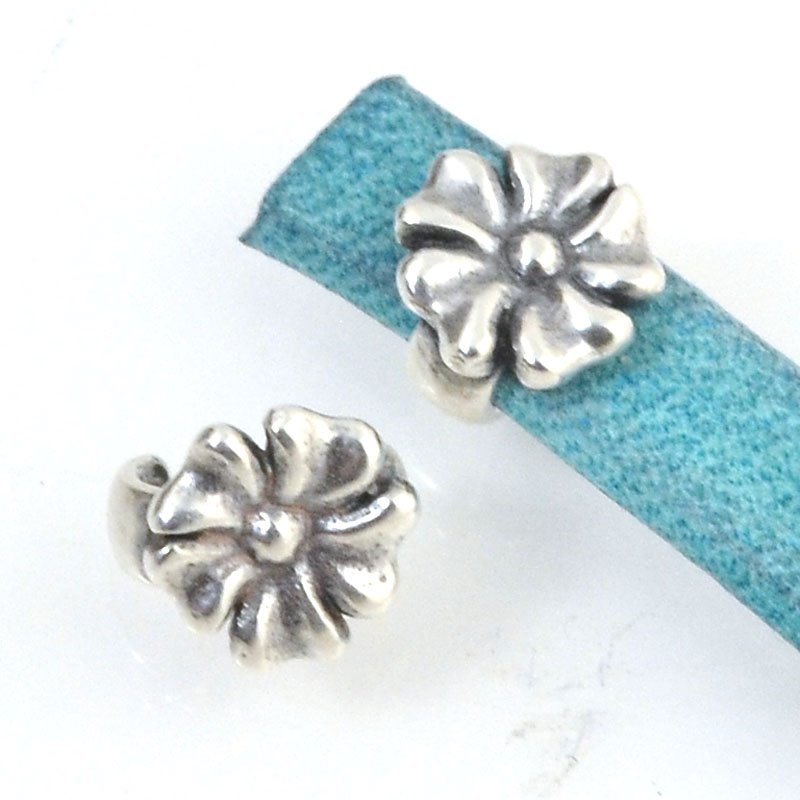 Beads - 5 mm Flat Leather - Open Flower Stud - Antiqued Silver (5)