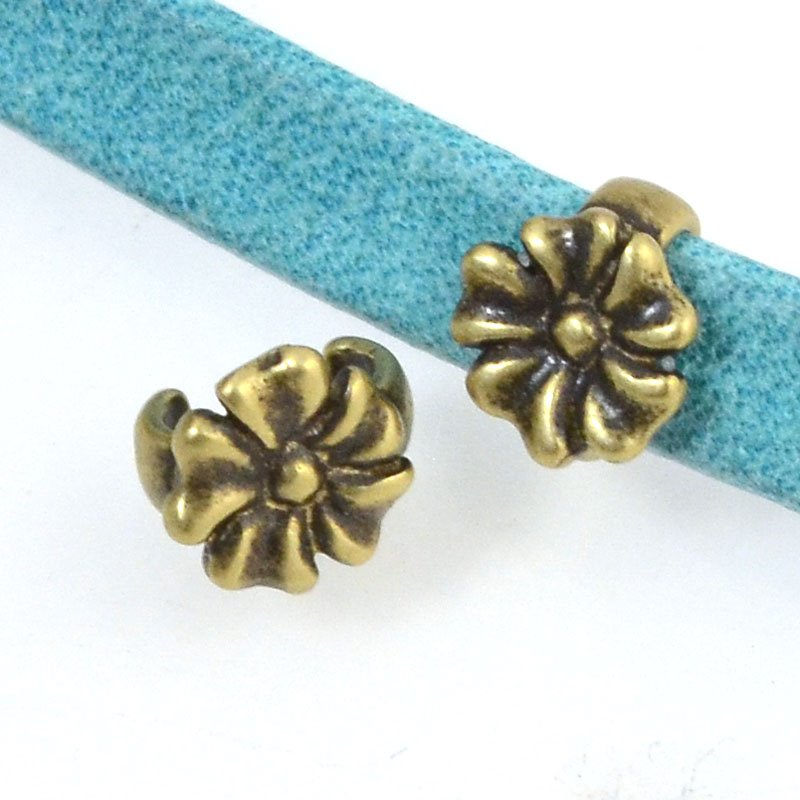 Beads - 5 mm Flat Leather - Open Flower Stud - Antiqued Brass (5)