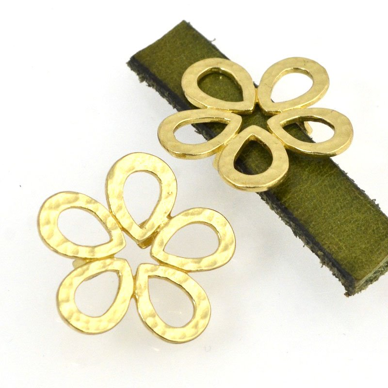 Beads - 10 mm Flat Leather - Hammered Flower - Bright Brass