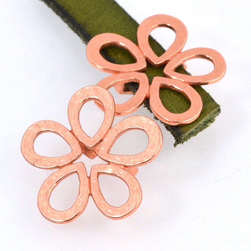 Beads - 10 mm Flat Leather - Hammered Flower - Bright Copper
