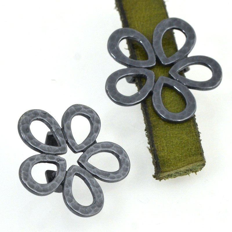 Beads - 10 mm Flat Leather - Hammered Flower - Gunmetal