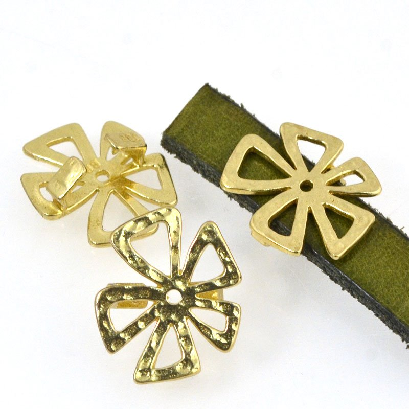 Beads - 10 mm Flat Leather - Hammered Crazy Flower - Bright Brass