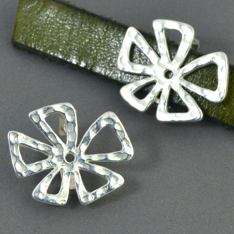 Beads - 10 mm Flat Leather - Hammered Crazy Flower - Bright Silver