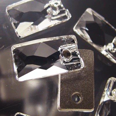 "10735001030001 Swarovski - Sew-on Stone/Pendular - 12.5 x 7 mm Lochrose (3500) - Crystal <font color=""#FF0000"">Managers LAST CALL </font> 80% off!"