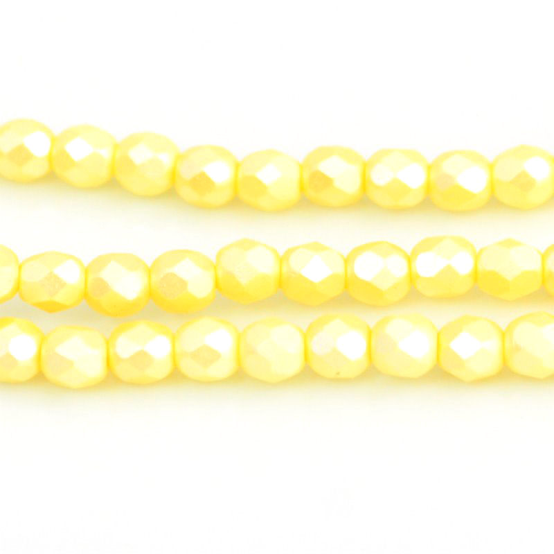 27099000-01 Firepolish - 4 mm Faceted Round - Pearl Pastel Cream (strand 45)