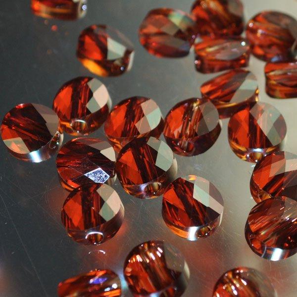 27750520034001 Swarovski Bead - 6 mm Mini-Round (5052) - Crystal Red Magma (1)