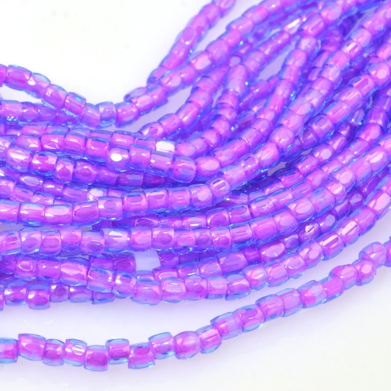 6710040S Czech Seedbeads - 9/0 3-Cut Rocailles - Colour Lined Sapphire/Fuchsia (hank)