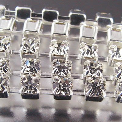 95805124 Rhinestone Chain - 3 mm (ss 12) Prong Set Rhinestone Chain - Crystal / Silver (10 cm)