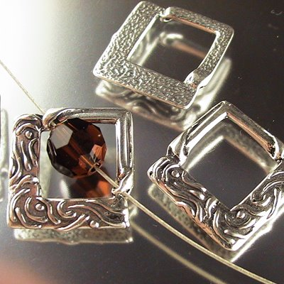 helssfr001 Sterling Bead Frame - 22 mm Nouveau Diamond Square - Sterling (1)