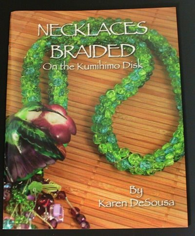 s13641 Book -  Necklaces Braided on the Kumihimo Disk - By Karen DeSousa (1)