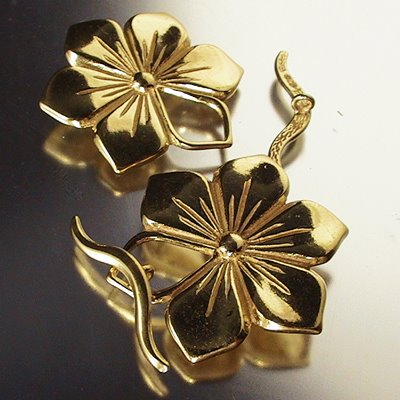 s14337 Sterling - Toggle Clasp -  Open Petal Flower - Vermeil (1)