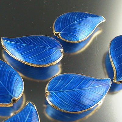 s15055 Cloisonne -  Tea Leaf - Heavenly Blue (1)