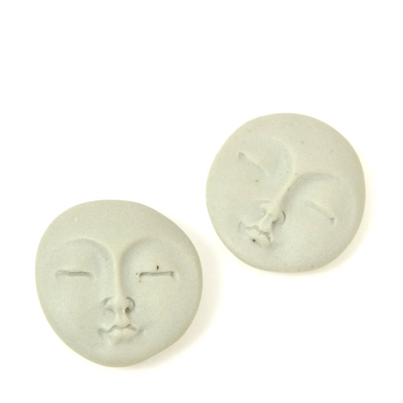s21886 Ceramic Cabochon -  Round Zen Moon Face - Dark Grey (1)
