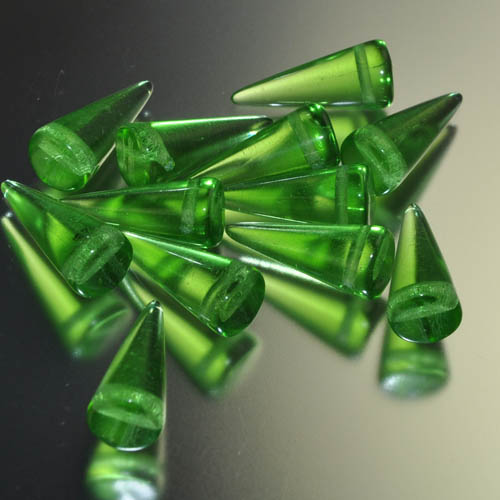 "s31662 Glass Beads - 17 mm Spikes - Bottle Green (6) <font color=""#FF0000"">Managers LAST CALL </font> 80% off!"