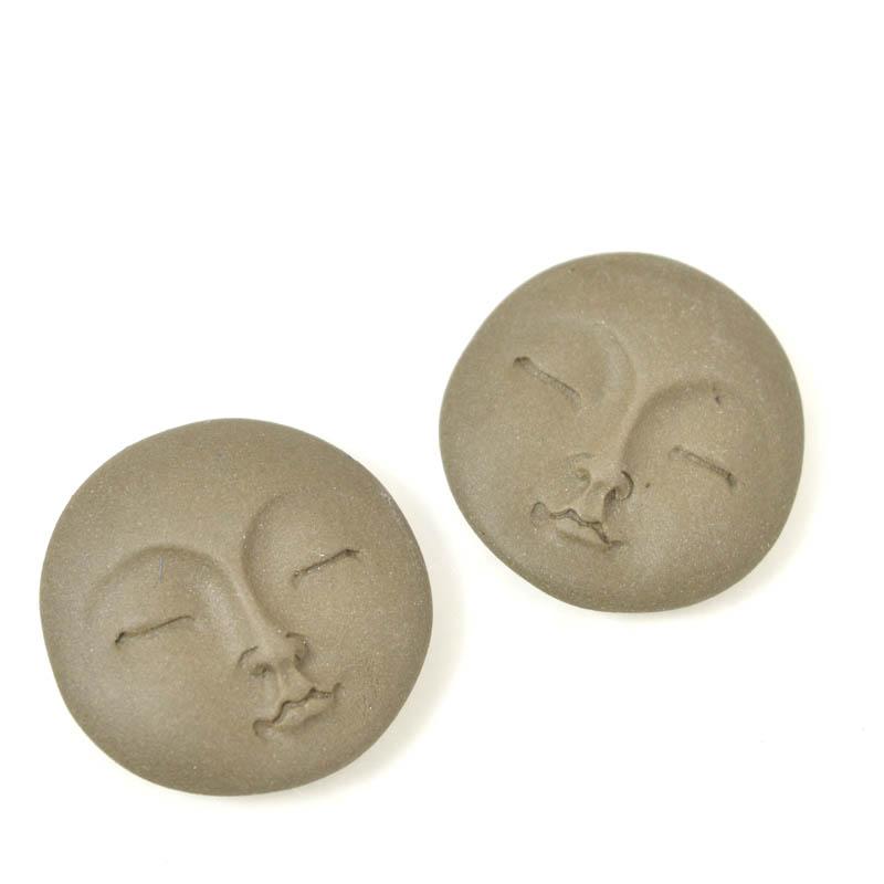 s33677 Ceramic Cabochon -  Round Zen Moon Face - Warm Stone (1)