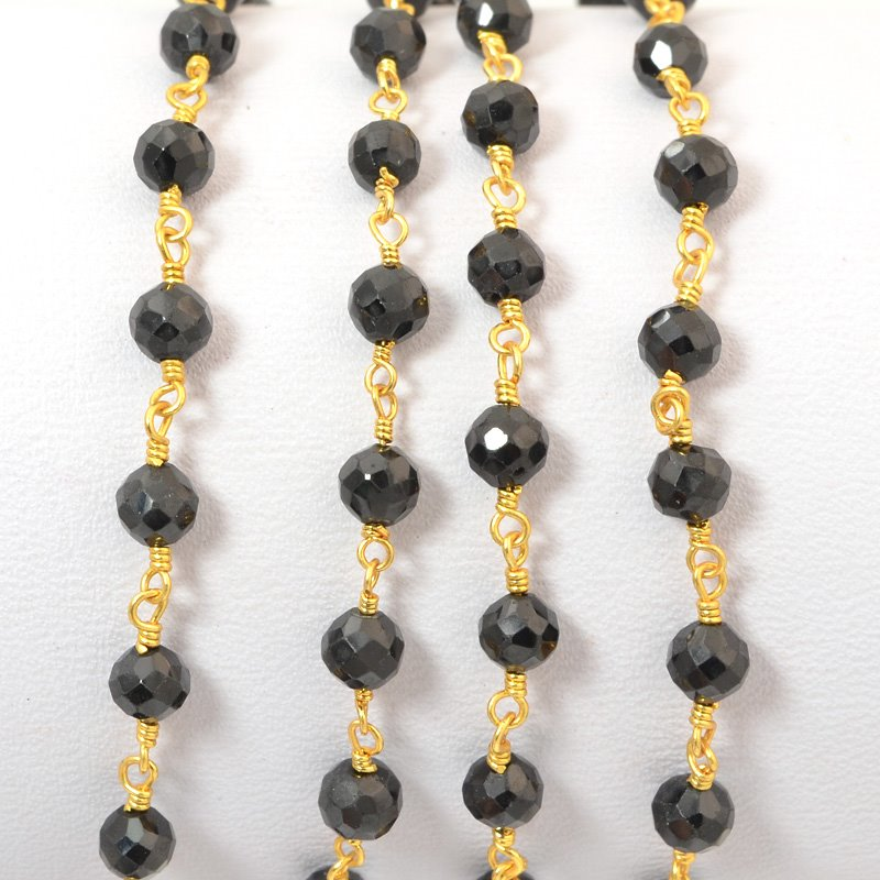 s34693 Gemstone Chain - 4mm Faceted Bead on Wire Link - Onyx Black / Gold Plated (foot)
