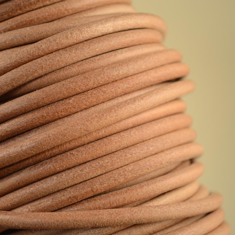 s35387 Stringing - 5 mm Round Leather Cord - Natural (Inch)