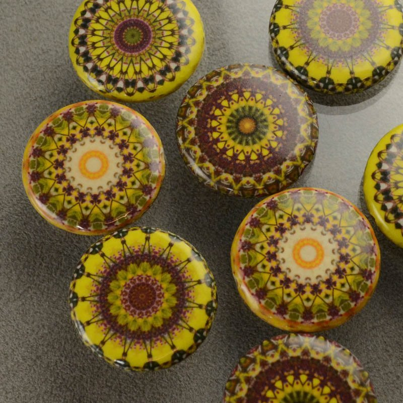 s35851 Decoupage Picture Beads - 30 mm Mandala Coin - Sunflower (1)