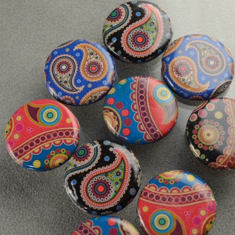 s35861 Decoupage Picture Beads - 30 mm Coin - Paisley Daze (1)