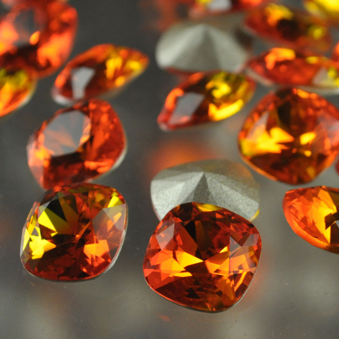 s37047 Swarovski Rhinestones - 12 mm Faceted Cushion Cut (4470) - Fire Opal (1)