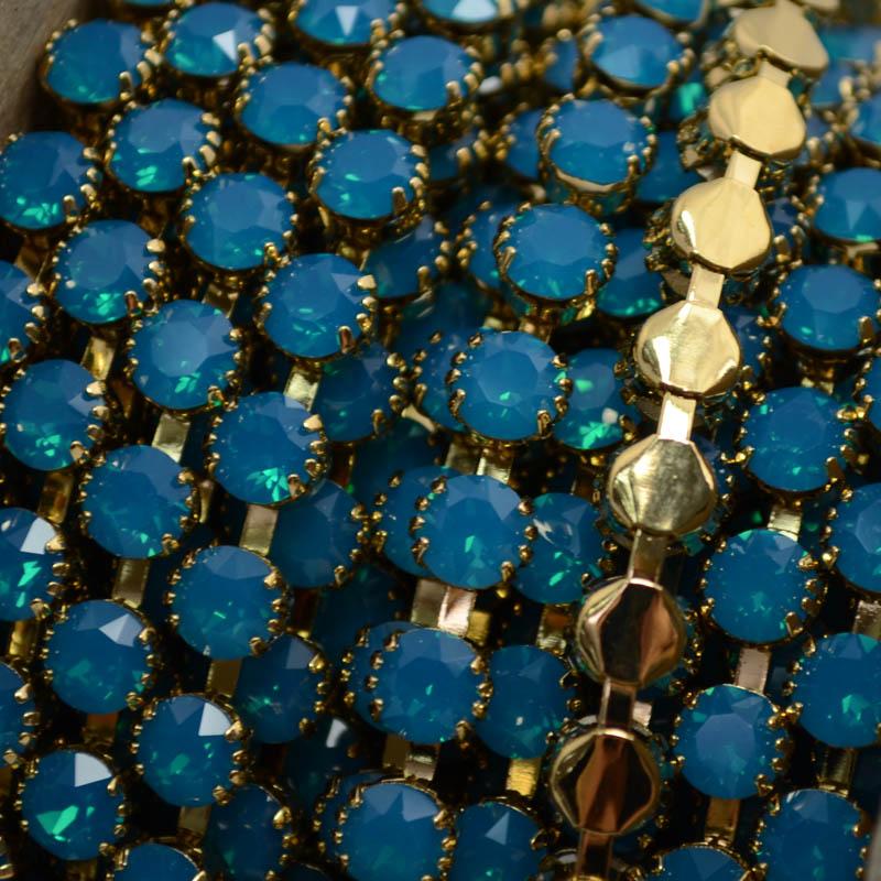 s37265 Rhinestone Chain - Gold - 6.25 mm (ss29) Prong Set Rhinestone Cup Chain - Caribbean Blue Opal (1 inch)