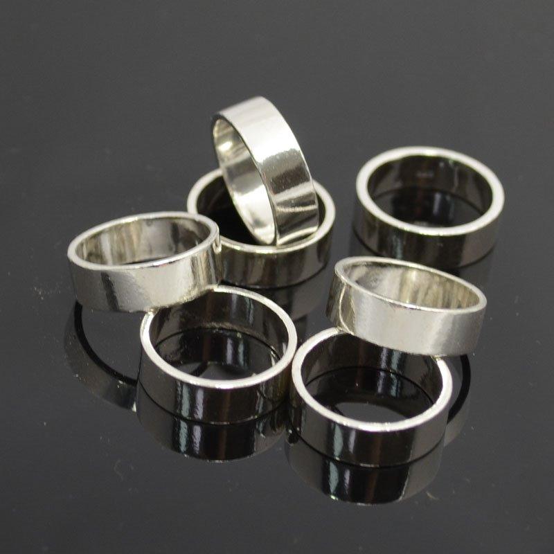 s37408 Finger Rings - Size 6 Plain Band - Sterling (1)
