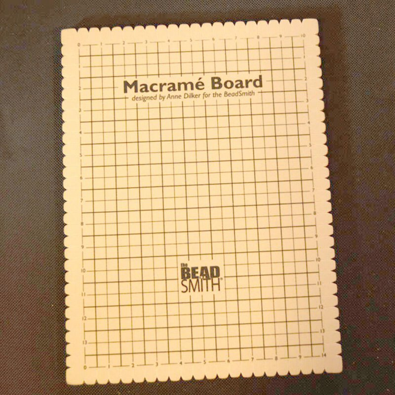 s37586 Design Tools - Large Macrame Board -  (1)