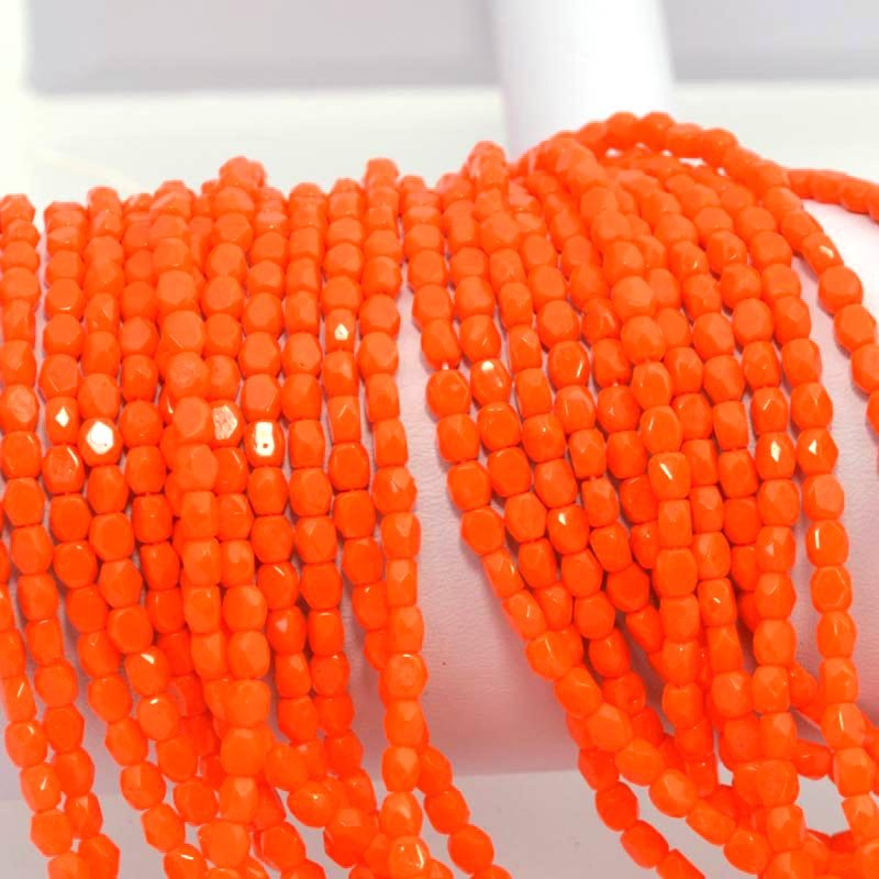 s37750 Firepolish - 4 mm Faceted Windows - Agent Orange (strand 50)