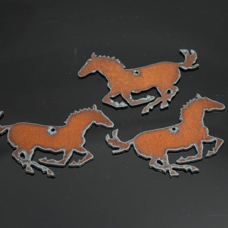 s38290 Stamped Metal Components -  Running Mustang - Rusted Iron (1)