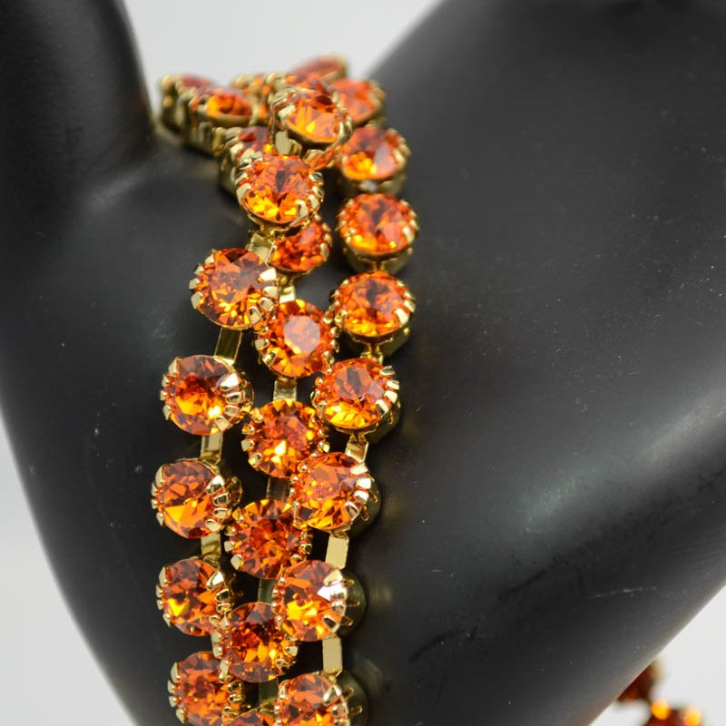 s39449 Rhinestone Chain - Gold - 6.25 mm (ss29) Prong Set Rhinestone Cup Chain - Tangerine (1 inch)