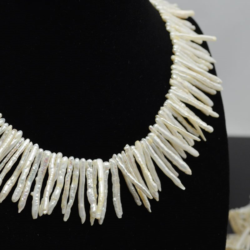 s39925 Freshwater Pearls - 30 mm Stick Pearl - Ivory (strand)