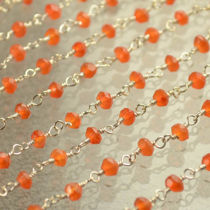 s40433 Gemstone Chain - 3 mm Faceted Rondelle on Twisted Link - Carnelian / Silver (foot)