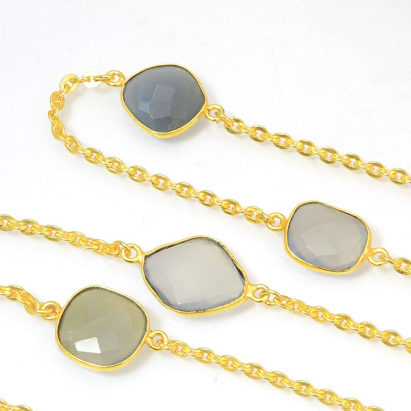 s40438 Gemstone Chain -  Mounted Faceted Stone - Fog Grey Chalcedony / Gold Plated (foot)