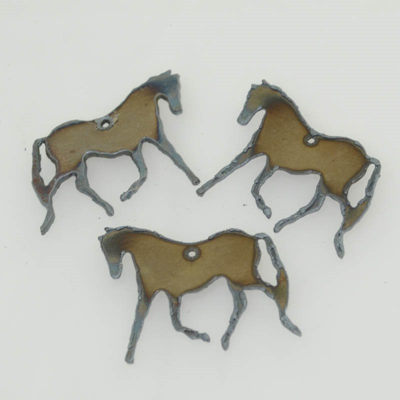 s40538 Stamped Metal Components -  Trotting Thoroughbred - Iron (1)