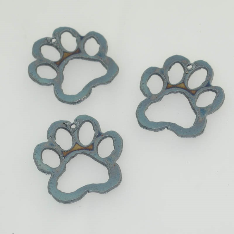 s40544 Stamped Metal Components -  Pawprint Cutout - Iron (1)