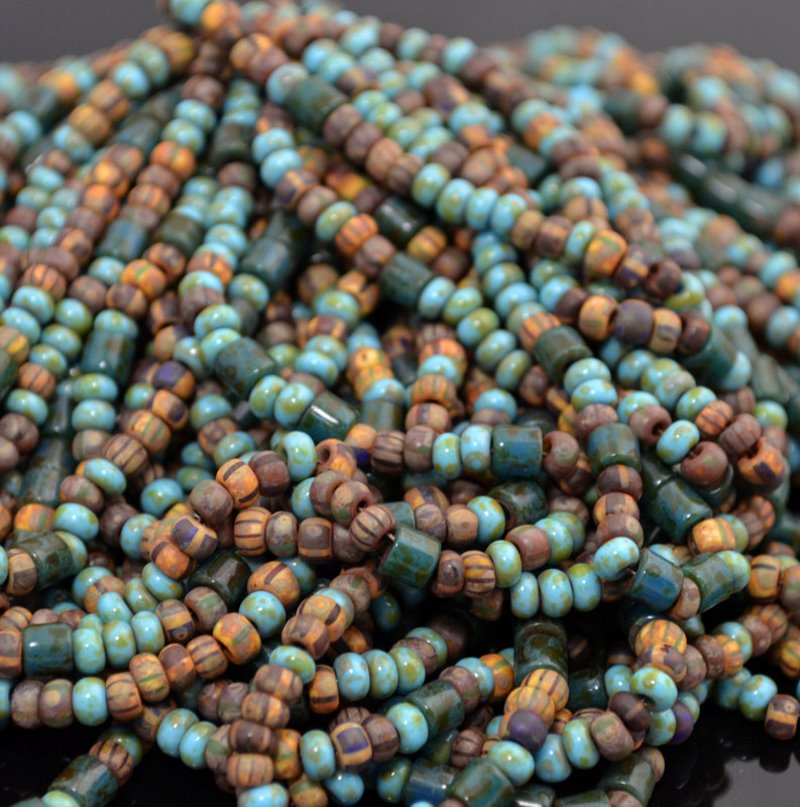s41306 Czech Seedbeads - 6/0 Rocailles and Tubes - Secret Cove (1 strand)