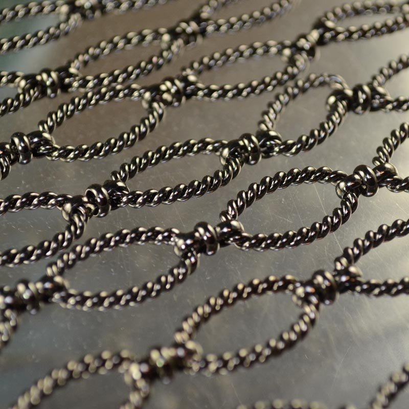 s43376 Chain -  Twisted and Linked - Gunmetal (inch)
