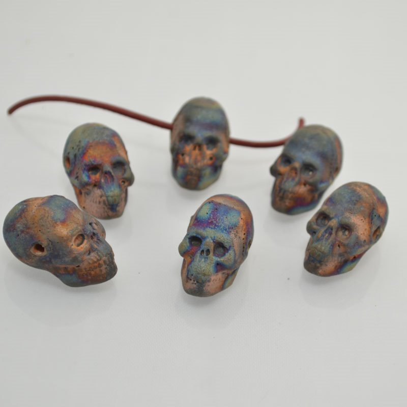 s43965 Ceramic Pendant -  Heads up Skull - Matte Raku (1)