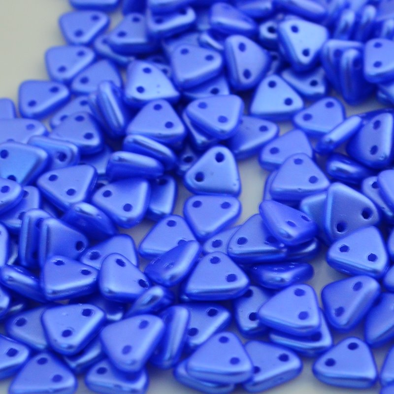 s46548 Glass Beads - Czechmates - 6 mm 2 Hole Triangles - Bay Blue Pearl