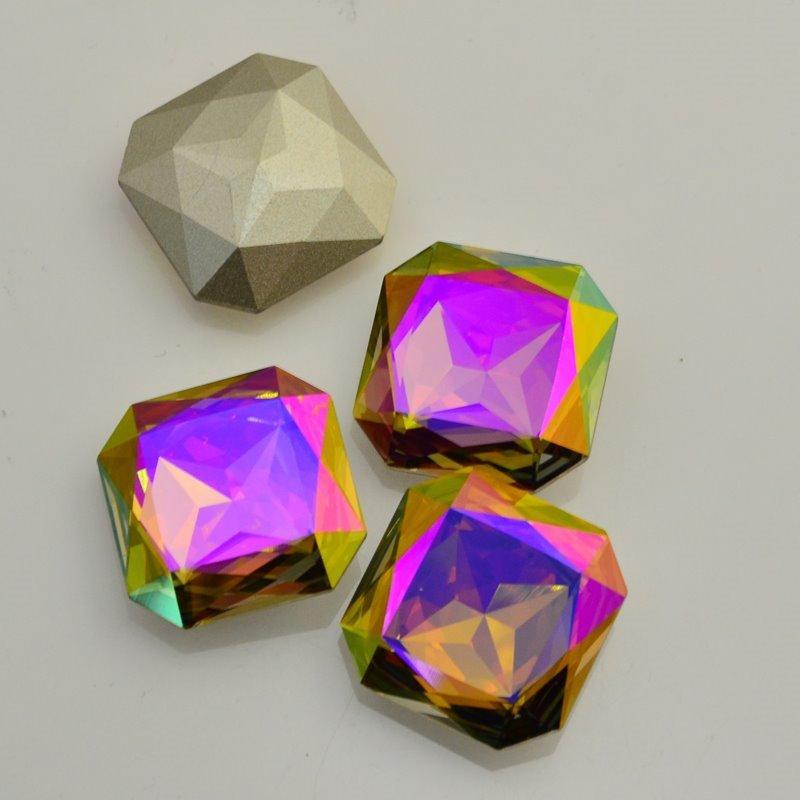 s46727 Swarovski - Rhinestones - 23 mm Faceted Square (4675) - Purple Haze (1)