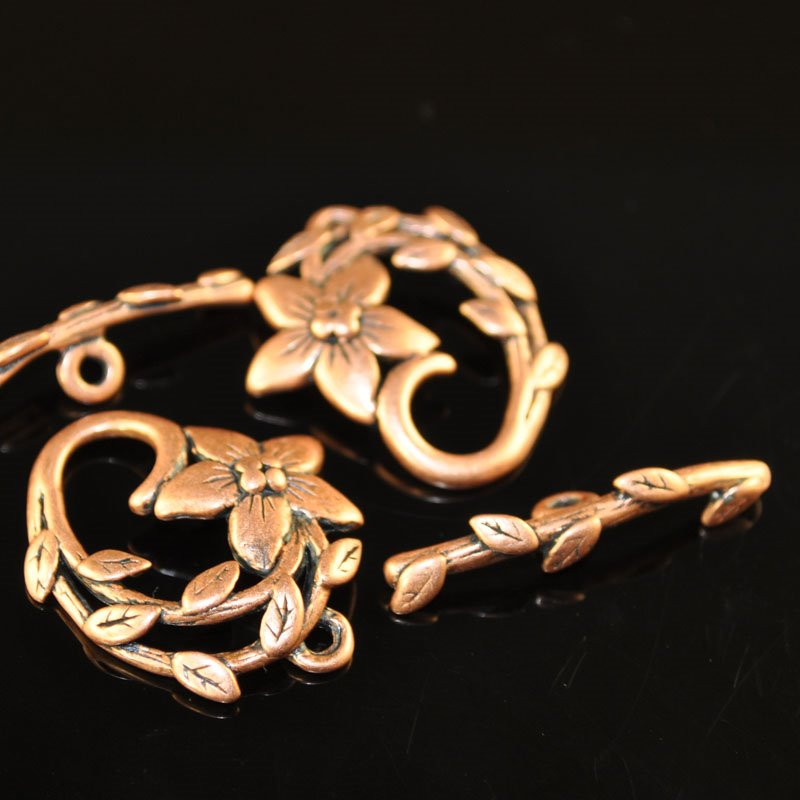 s47026 Findings - Clasp - Toggle -  Flower Vine - Antiqued Copper (1)