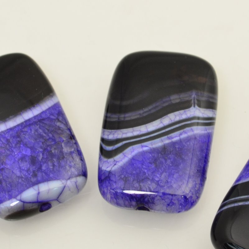 s48069 Stone Beads - 25 x 40 mm Rectangle - Banded Agate/Dyed Quartz - Purple