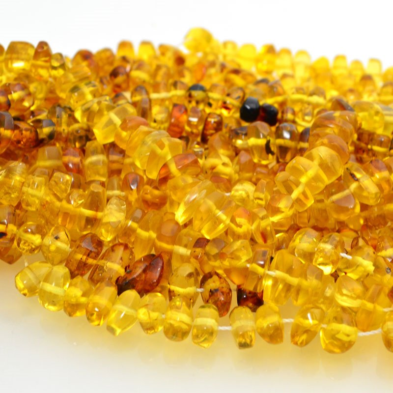 s48717 Amber Beads - Small Chips - Mexican Amber (Strand)