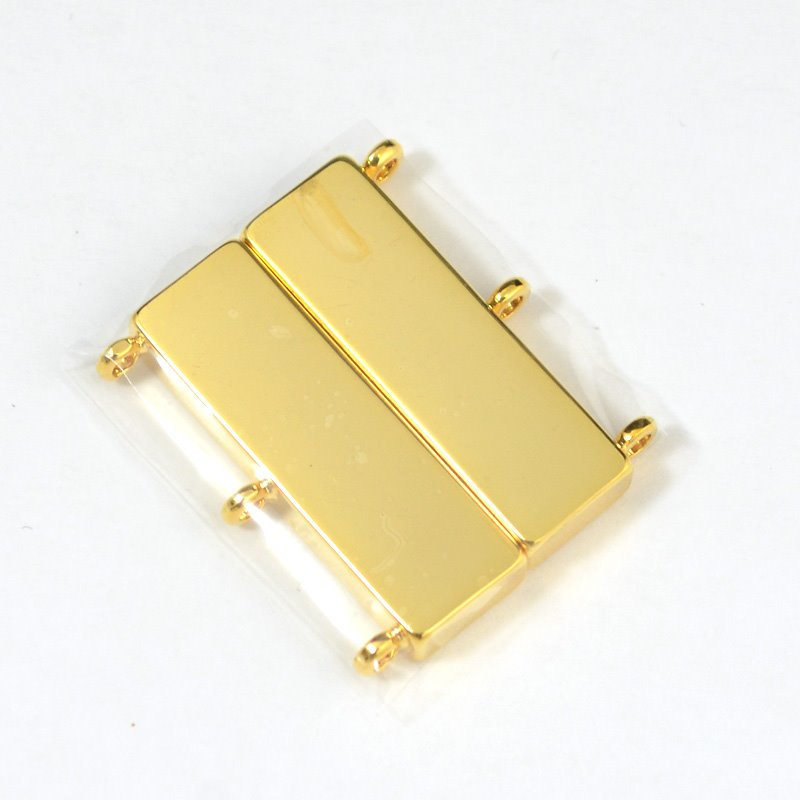 s53605 Findings - Clasp - Magnetic - 3 Strand Plain - 18 Karat Gold Plated
